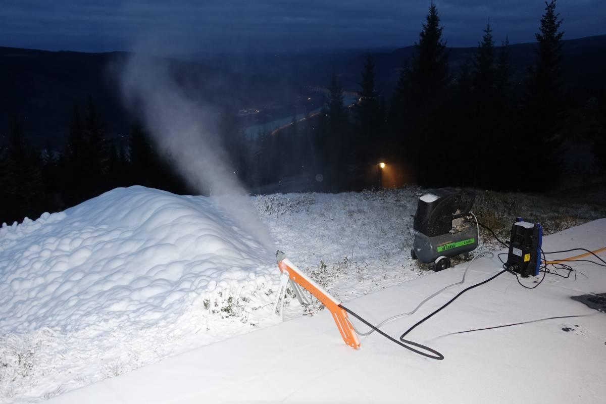 happy snow 1 1200x800(4)
