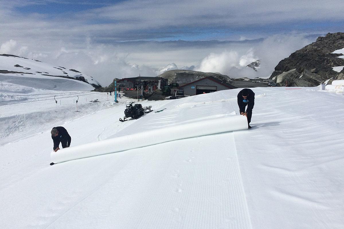 snow-depot-3