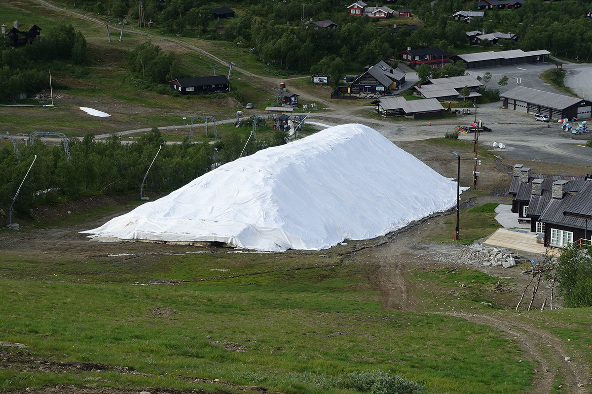 snow-depot-6
